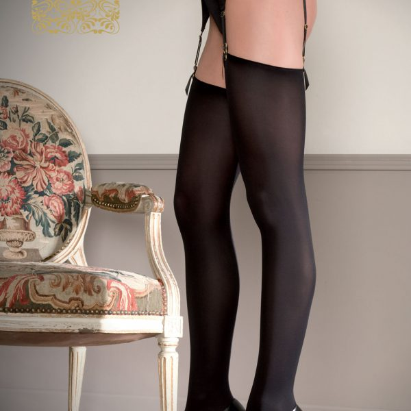 Cut and curled 70 deniers stockings