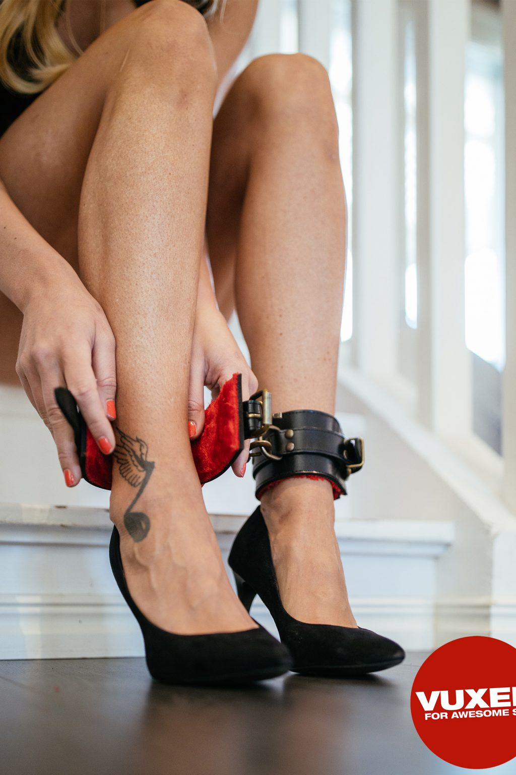 Fur Ankle Cuffs Black/Red